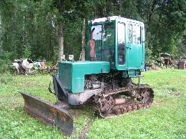 Трактор Т-70СМ с бульдозерной лопатой